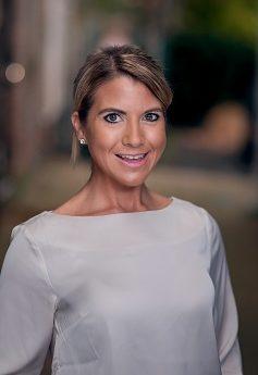 Laura Stonoha